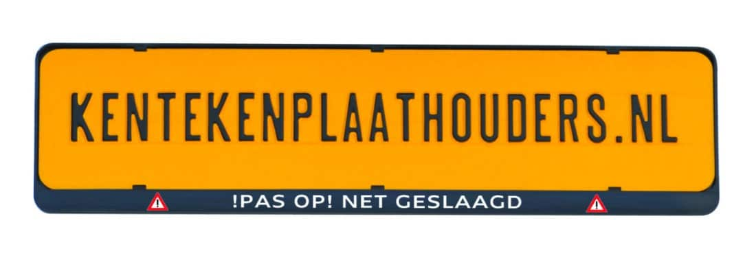 Pas op net geslaagd grappige kentekenplaathouder - Kentekenplaathouders.nl